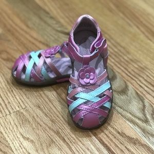 Stride Rite size US 8m - girl's sandal